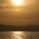 Ondergaande zon bij Meer van Tiberias (Israël)